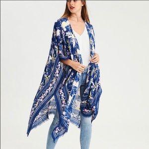 AE Blue floral kimono